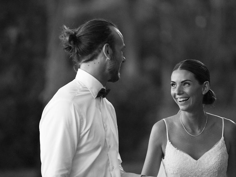 Alex & Will Schofield's Hawaiian wedding