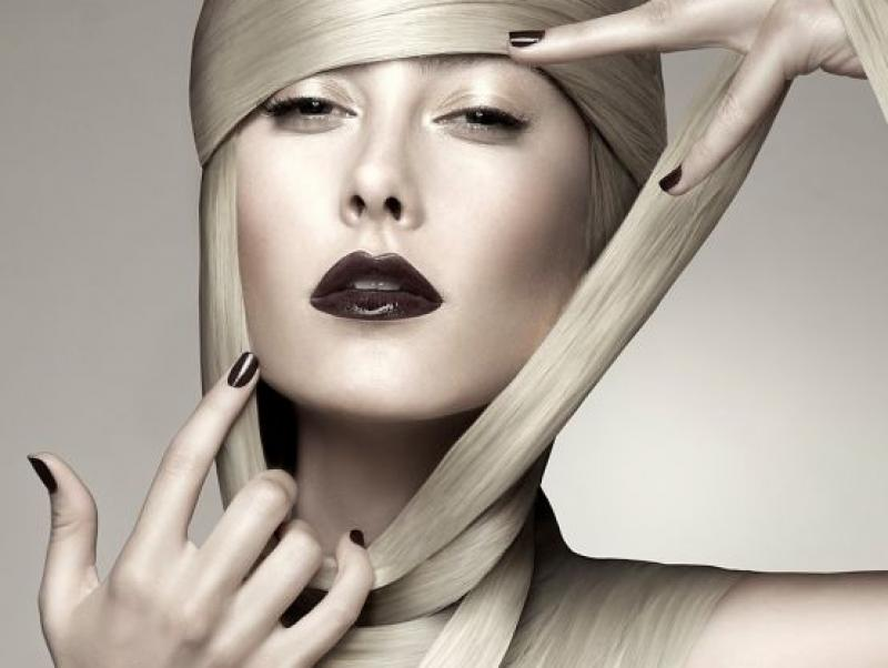 Meiji-Nguyen-photographer---Simone-Lee-hair-