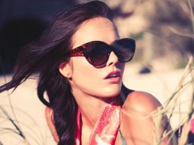 Matt-Thompsett-photo---styling-Emily-Bathgate---Model-Kirsten